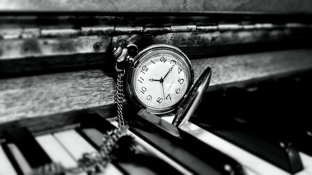 clock-588954_640