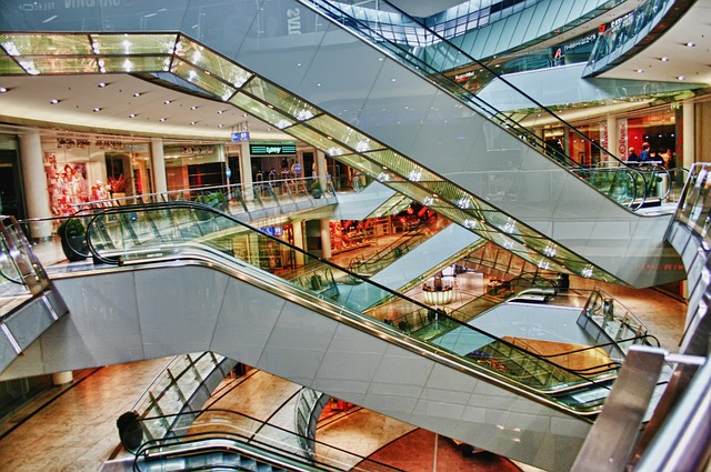 shopping-centre-644601_640