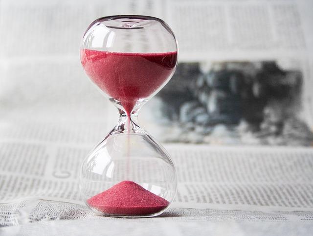 hourglass-620397_640 (1)