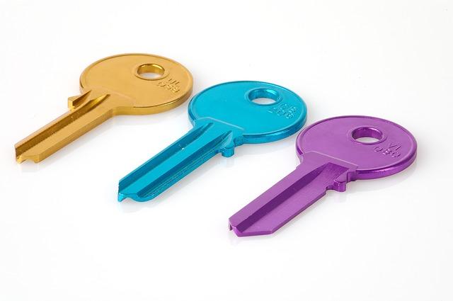 key-74534_640 (2)