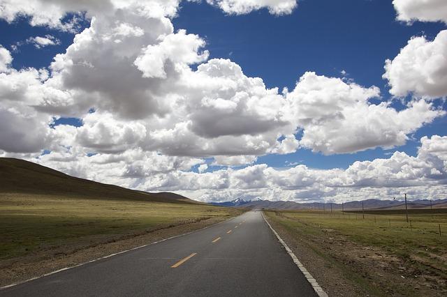 road-348544_640
